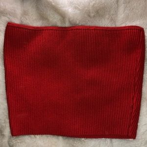 RED WILFRED CROP TOP